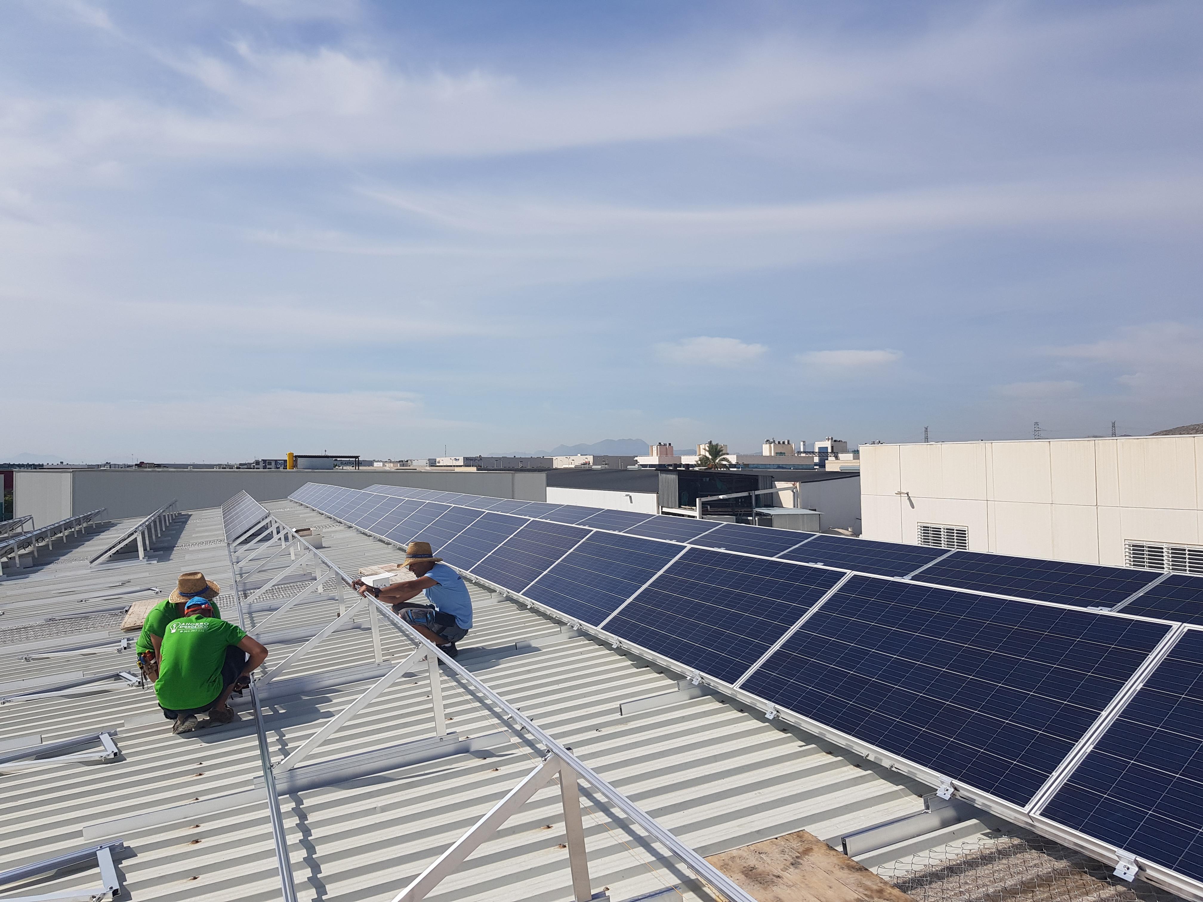 Paneles solares: electricidad y calor